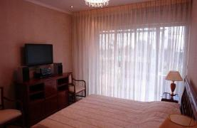 Cozy 3 Bedroom Apartment by the Sea in Potamos Germasogeia  - 26