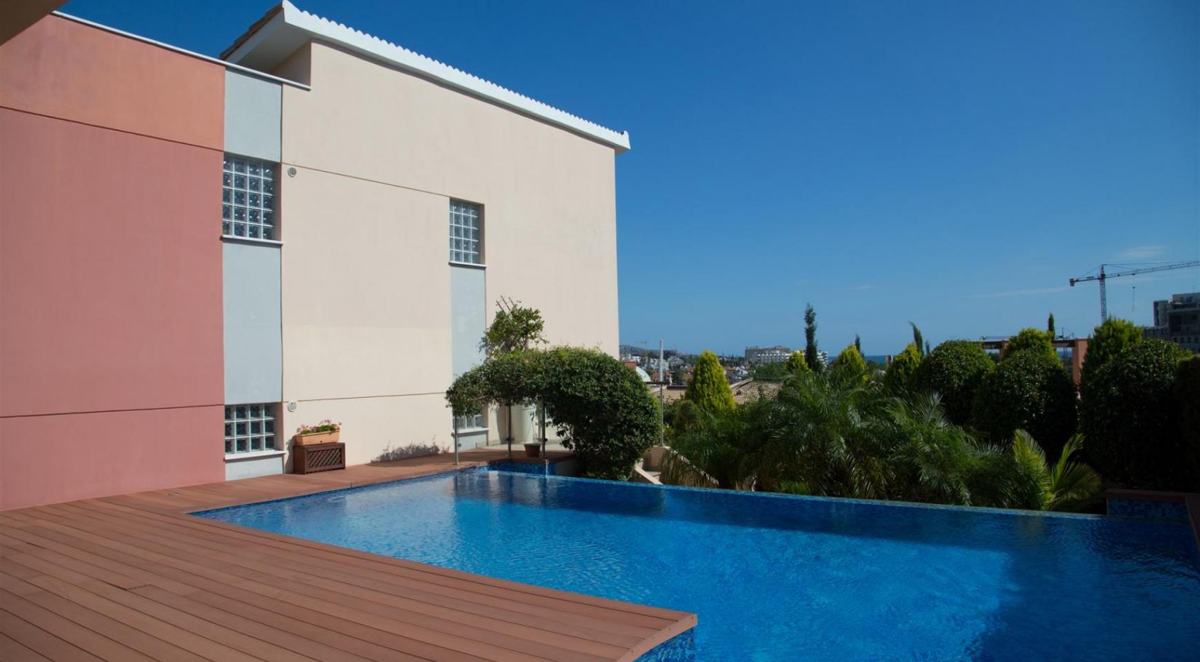 Luxurious 4 Bedroom Villa in the Complex near the Sea - 2