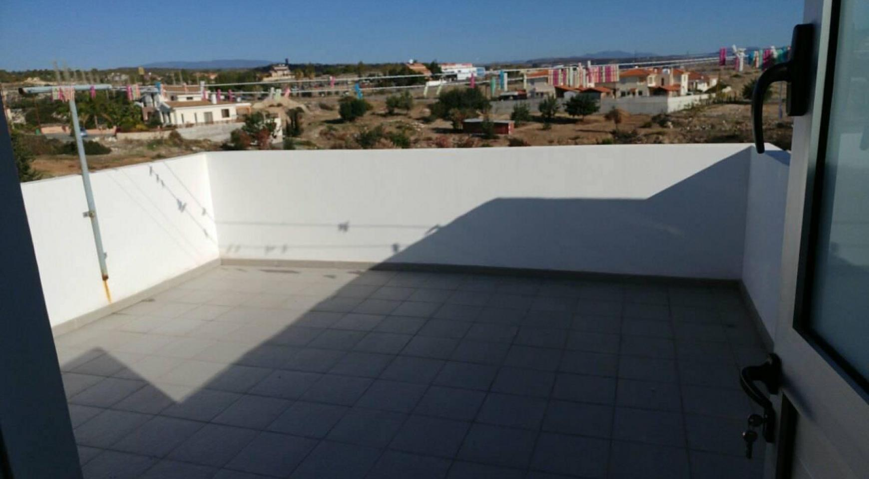 Modern Spacious 4 Bedroom semi-Detached House in Episkopi - 32