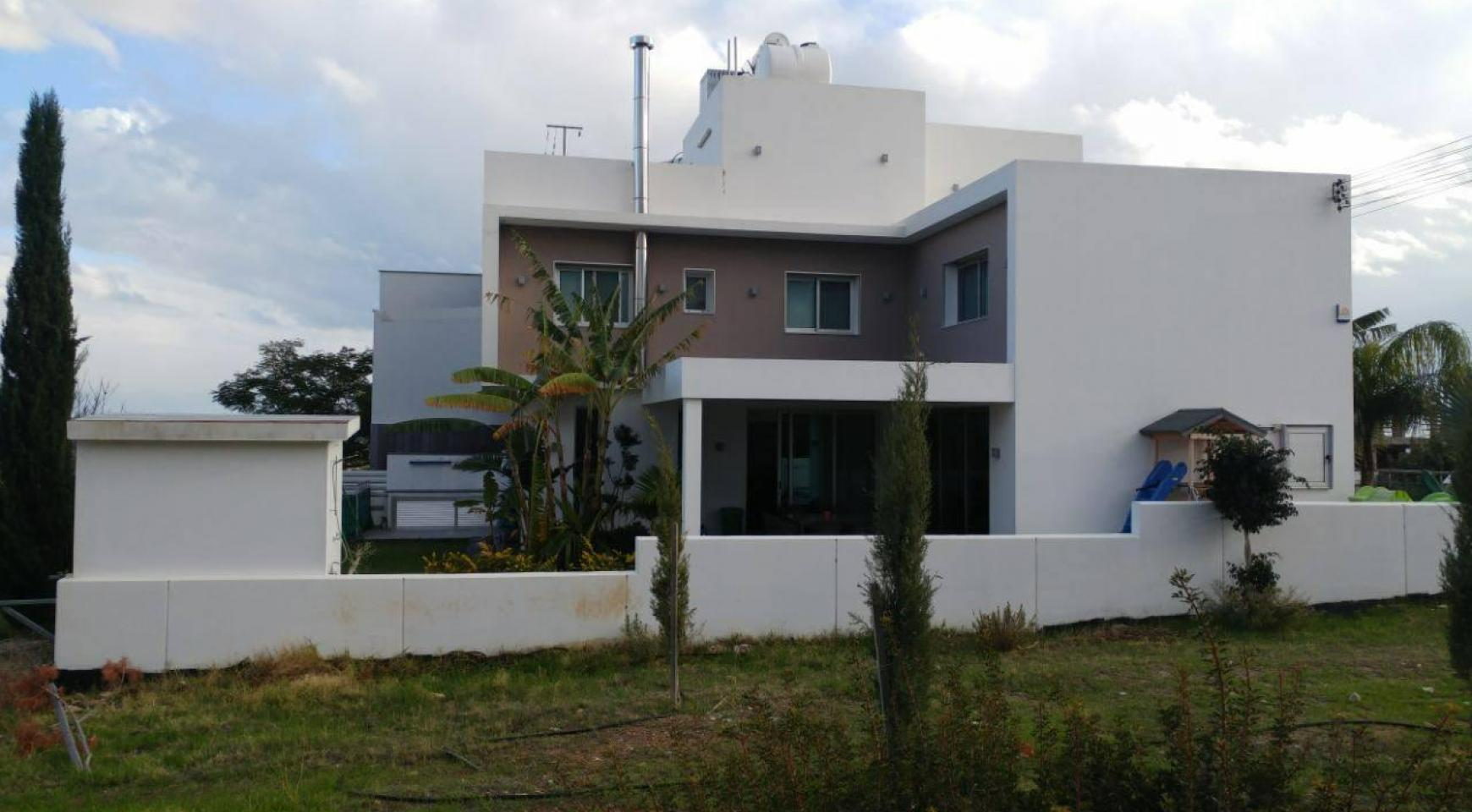 Modern Spacious 4 Bedroom semi-Detached House in Episkopi - 7