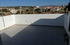 Modern Spacious 4 Bedroom semi-Detached House in Episkopi - 64