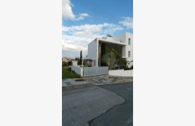 Modern Spacious 4 Bedroom semi-Detached House in Episkopi - 41