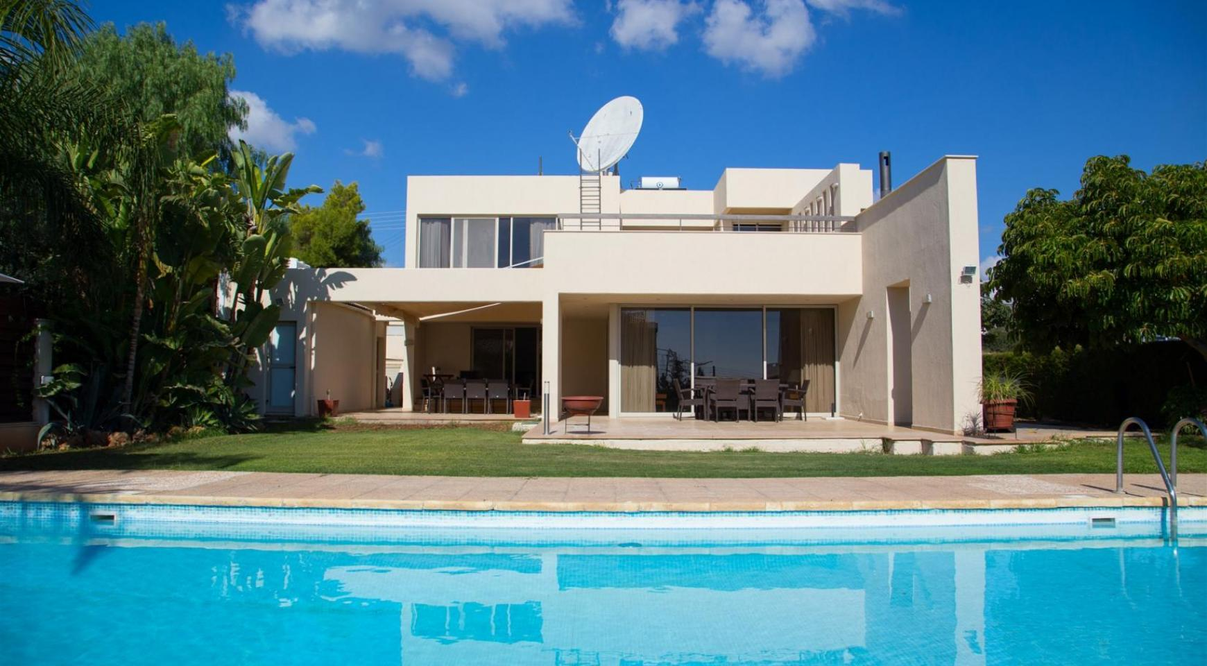 Modern Luxury 4 Bedroom Villa in Sfalagiotisa, Agios Athanasios - 2