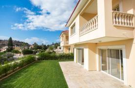 New Modern 3 Bedroom Villa in Mouttagiaka Area - 21