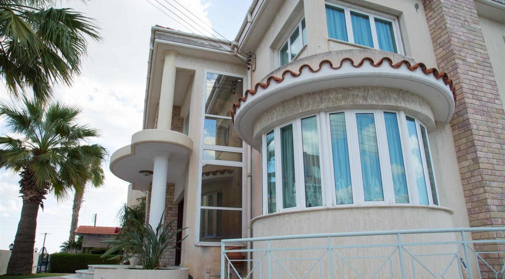 Spacious 4 Bedroom Villa in Germasogeia - 3