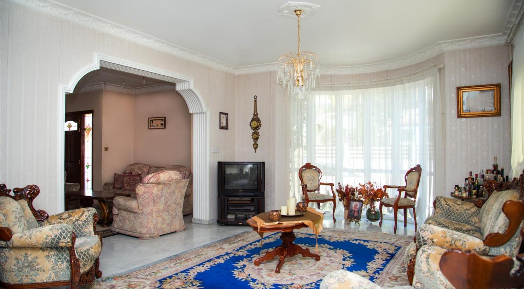Spacious 4 Bedroom Villa in Germasogeia - 10