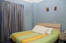 Spacious 4 Bedroom Villa in Germasogeia - 48