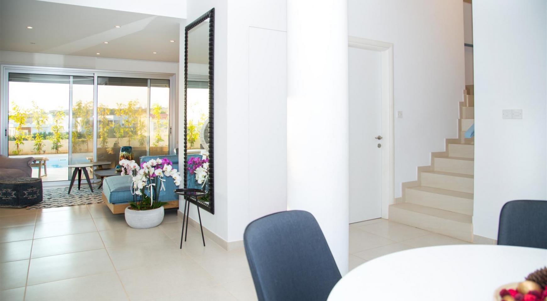 Contemporary 3 Bedroom Villa with Breathtaking Sea Views in Agios Tychonas - 5
