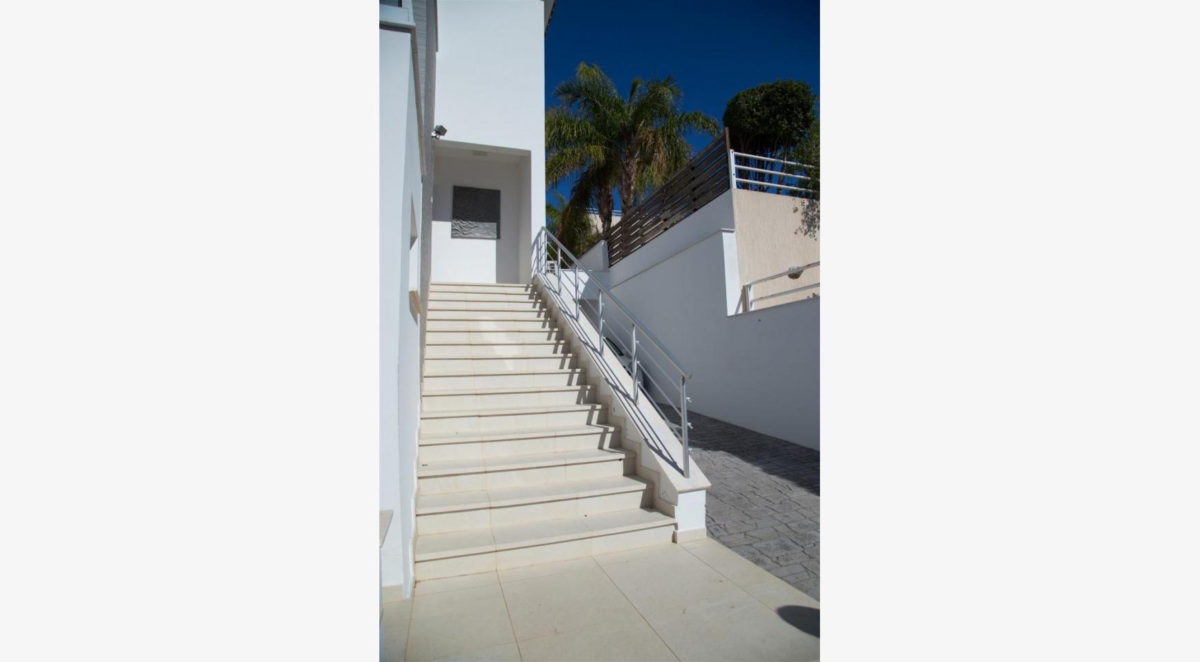 Contemporary 3 Bedroom Villa with Breathtaking Sea Views in Agios Tychonas - 39
