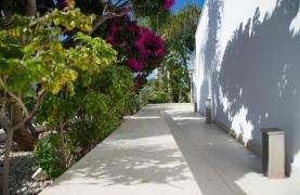 Contemporary 3 Bedroom Villa with Breathtaking Sea Views in Agios Tychonas - 72