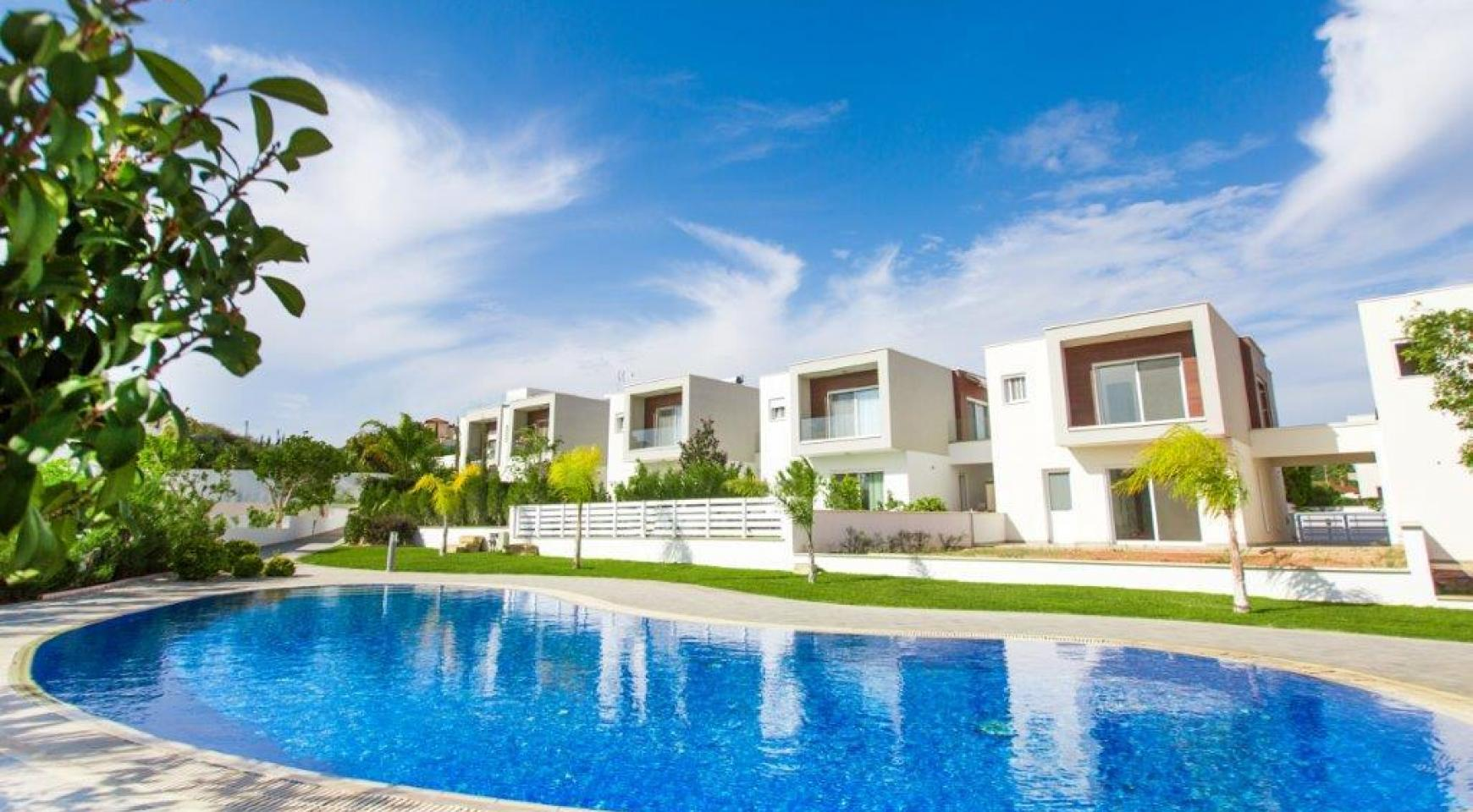 Modern 3 Bedroom Villa with Sea Views in Mouttagiaka Area - 1