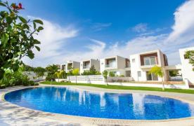 Modern 3 Bedroom Villa with Sea Views in Mouttagiaka Area - 11