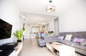 Modern 3 Bedroom Villa with Sea Views in Mouttagiaka Area - 16