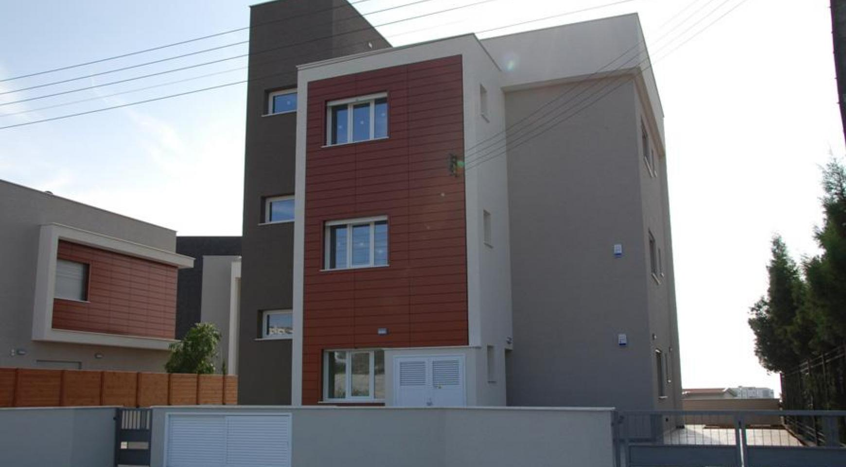 New 3 Bedroom Apartment in Germasogeia Area - 2