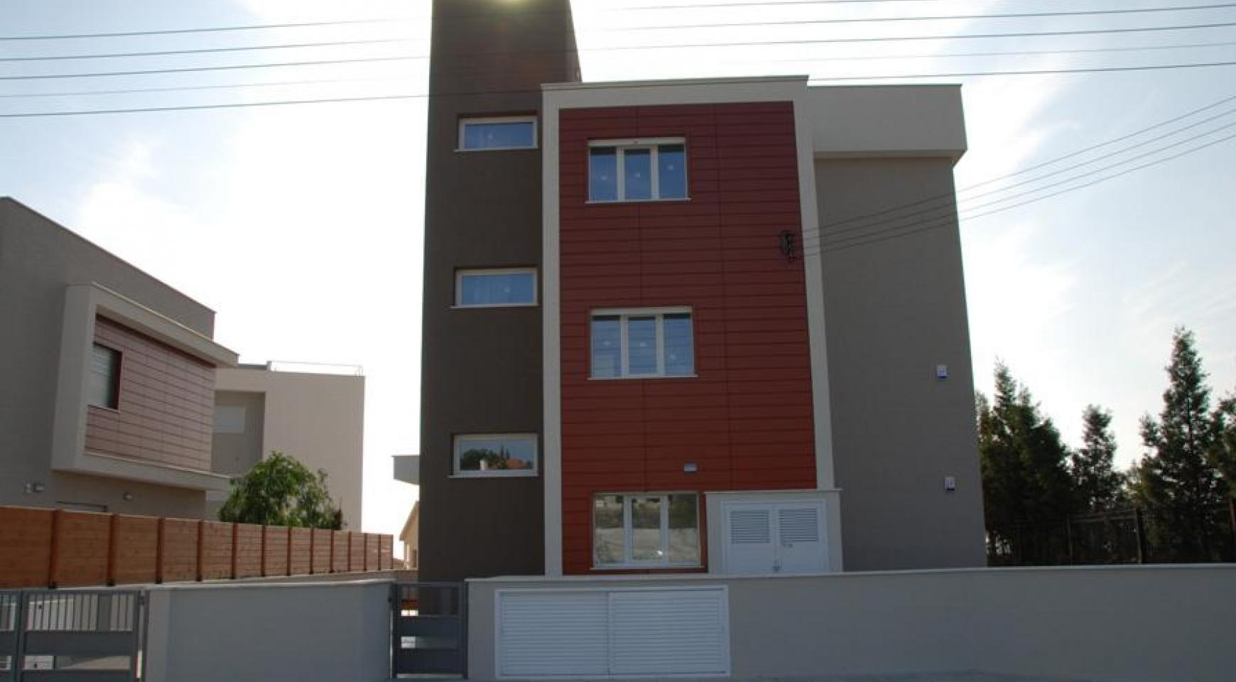 New 3 Bedroom Apartment in Germasogeia Area - 3
