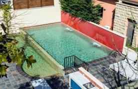 Luxurious 4 Bedroom Villa in a Prestigious Complex near the Sea - 22