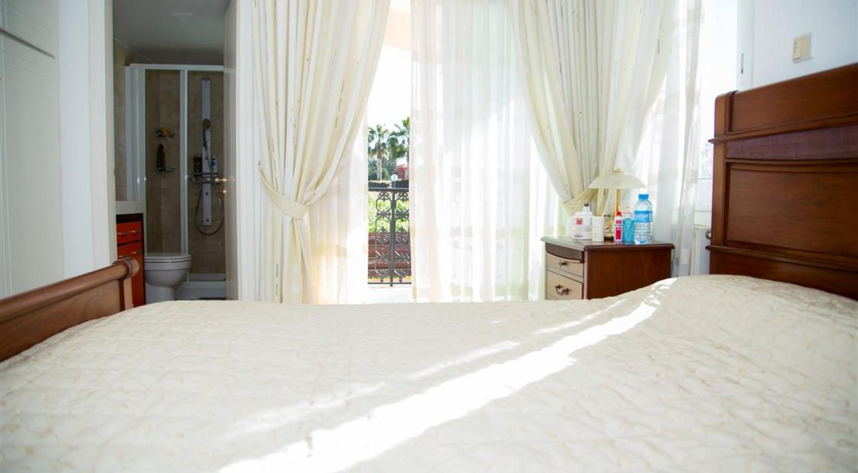 Spacious 5 Bedroom House in Agios Athanasios Area - 22