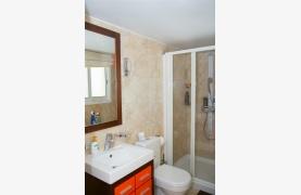 Spacious 5 Bedroom House in Agios Athanasios Area - 52