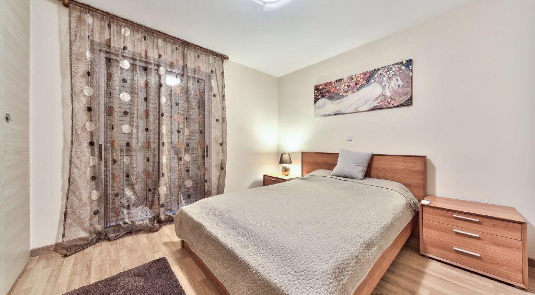Luxury One Bedroom Apartment in a Prestigious Complex near the Sea - 4
