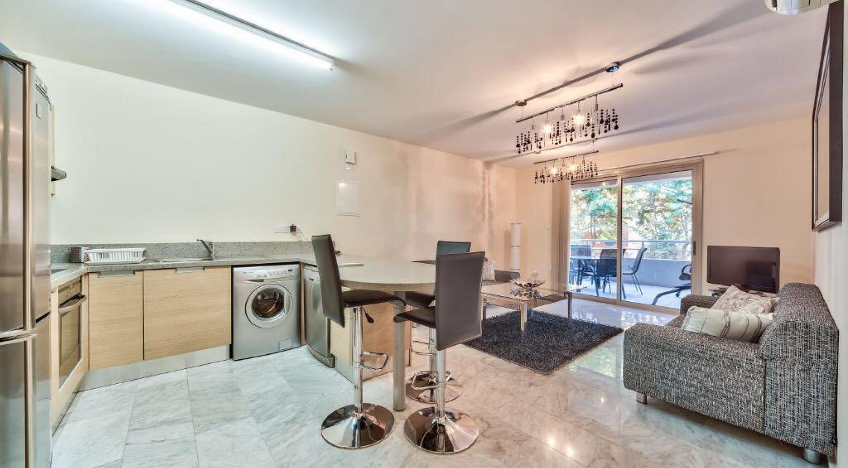 Luxury One Bedroom Apartment in a Prestigious Complex near the Sea - 2