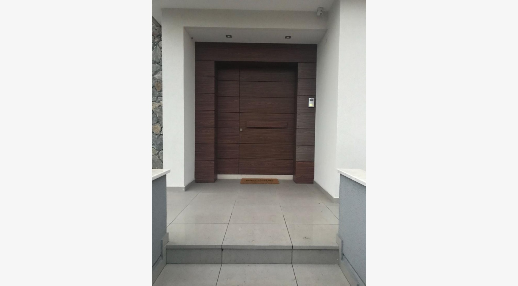 Modern 3 Bedroom Detached House in Polemidia Area - 17