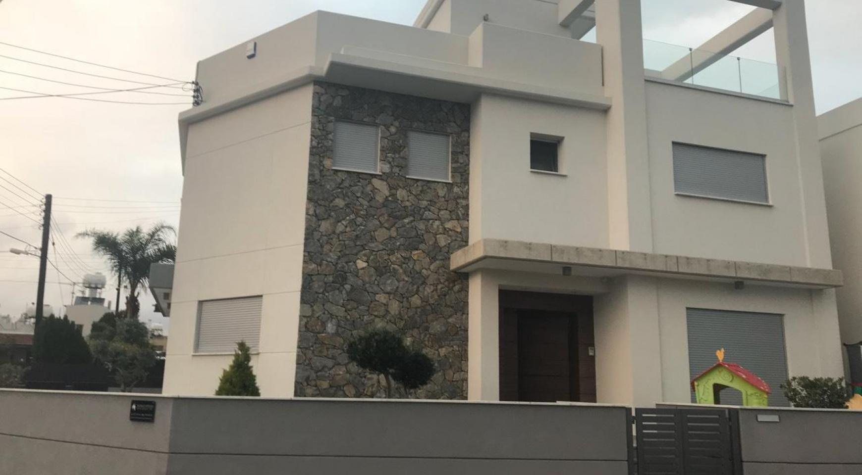 Modern 3 Bedroom Detached House in Polemidia Area - 1