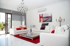 Luxury Modern 3 Bedroom Apartment in Thera Complex by the Sea - 51