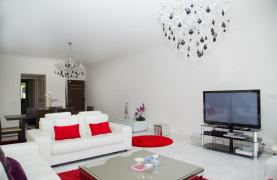 Luxury Modern 3 Bedroom Apartment in Thera Complex by the Sea - 54
