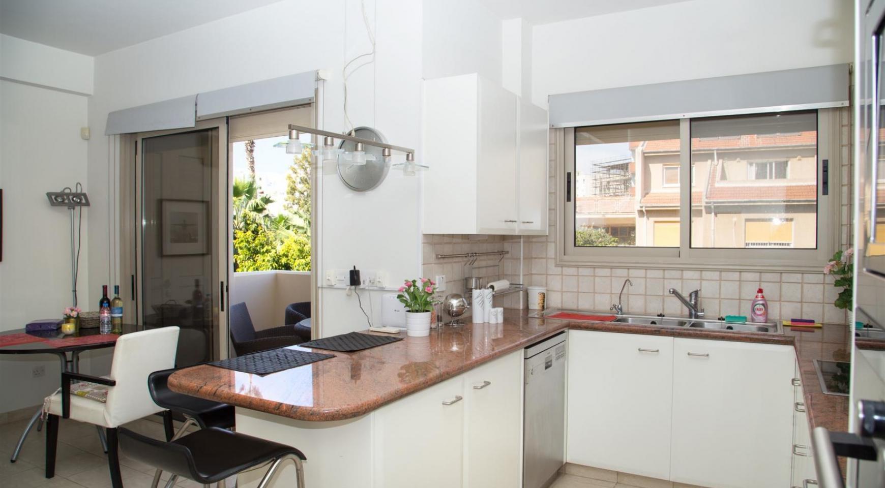 Luxury 3 Bedroom Apartment in Enaerios Area near the Sea - 5