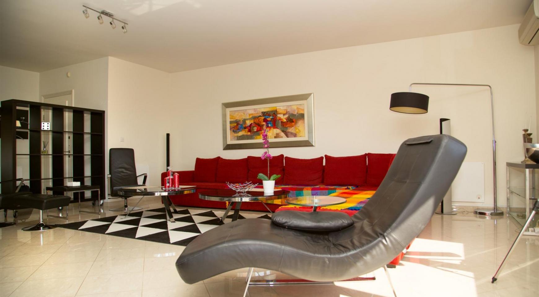 Luxury 3 Bedroom Apartment in Enaerios Area near the Sea - 4