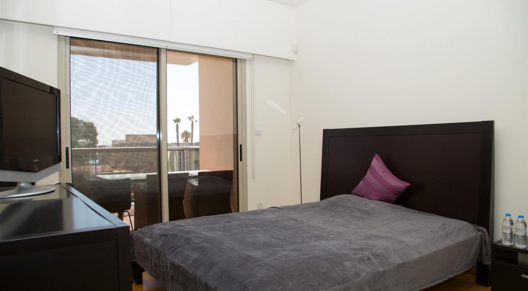 Luxury 3 Bedroom Apartment in Enaerios Area near the Sea - 9