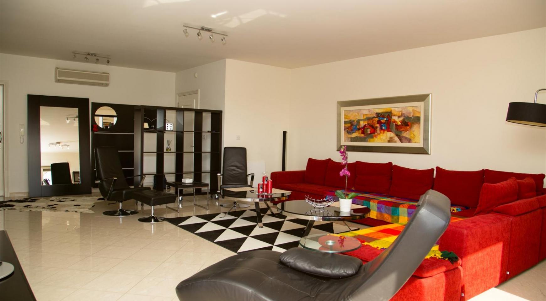 Luxury 3 Bedroom Apartment in Enaerios Area near the Sea - 3