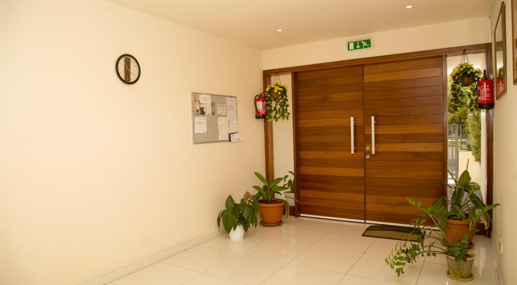 Luxury 3 Bedroom Apartment in Enaerios Area near the Sea - 23