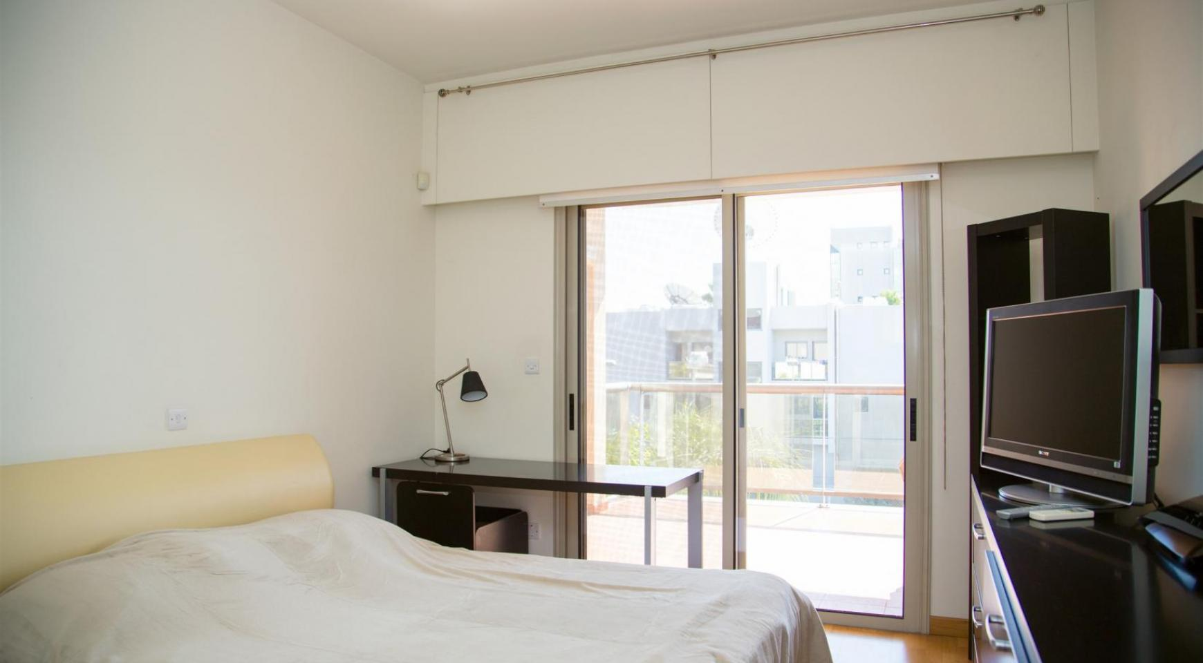 Luxury 3 Bedroom Apartment in Enaerios Area near the Sea - 8