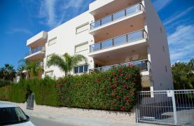 Luxury 3 Bedroom Apartment in Enaerios Area near the Sea - 58