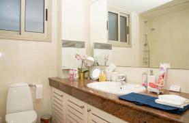 Luxury 3 Bedroom Apartment in Enaerios Area near the Sea - 44
