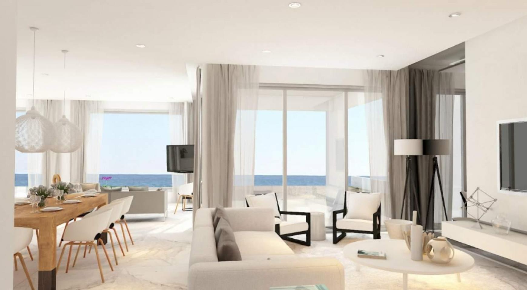 Contemporary Beachfront Villa with 5 Bedrooms - 10