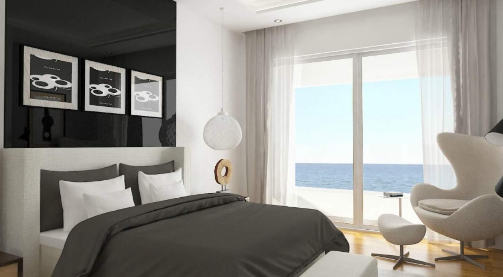 Contemporary Beachfront Villa with 5 Bedrooms - 16