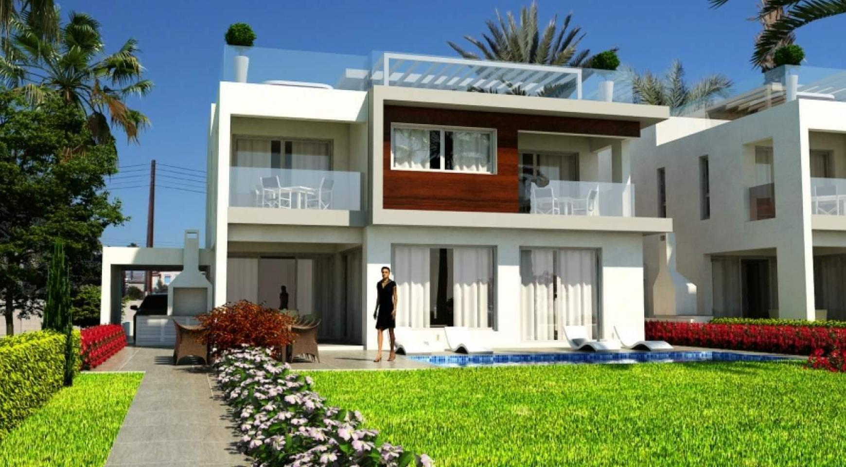 Contemporary Beachfront Villa with 5 Bedrooms - 5