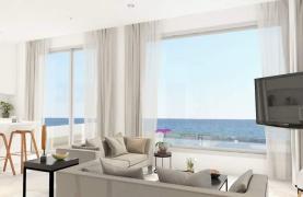 Contemporary Beachfront Villa with 5 Bedrooms - 32