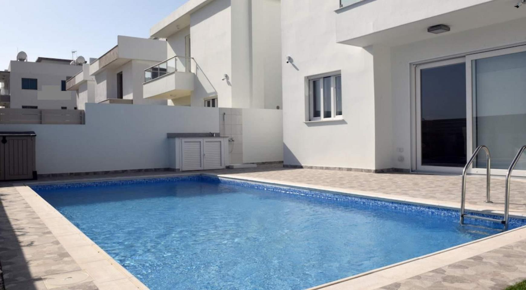 New Modern 4 Bedroom House in Leivadia Area - 6