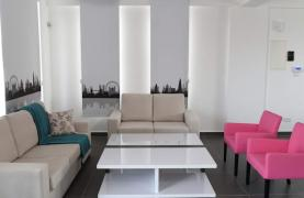 4 Bedroom House in Leivadia Area - 29