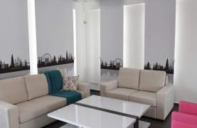 4 Bedroom House in Leivadia Area - 35