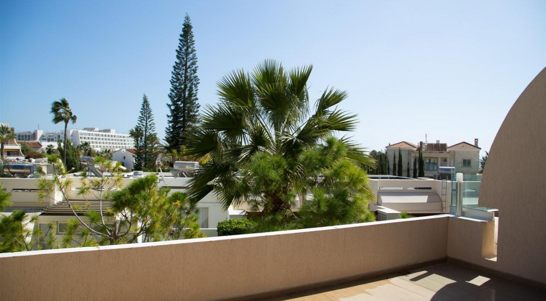 Luxury 3 Bedroom Apartment in Thera Complex by the Sea - 28