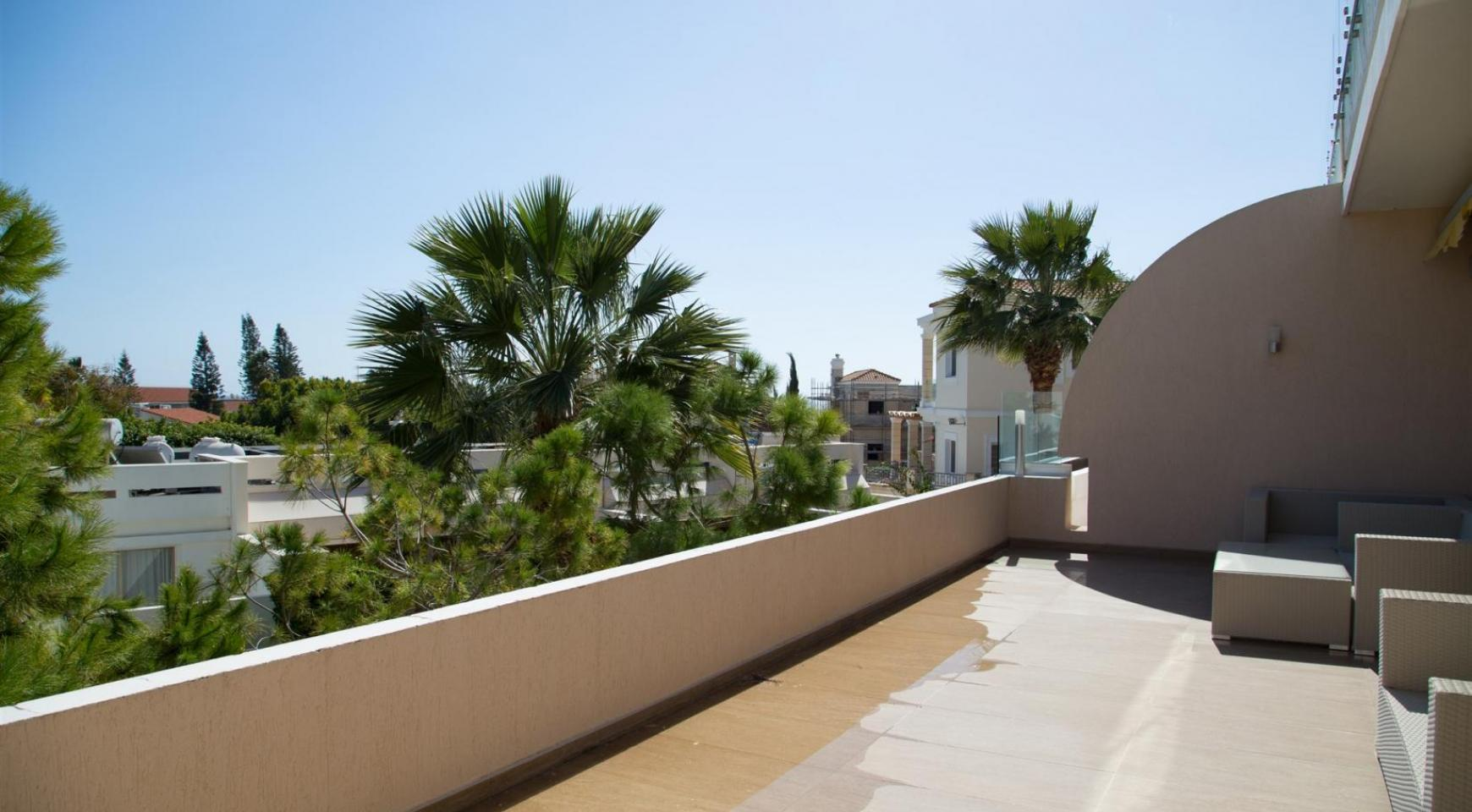 Luxury 3 Bedroom Apartment in Thera Complex by the Sea - 29
