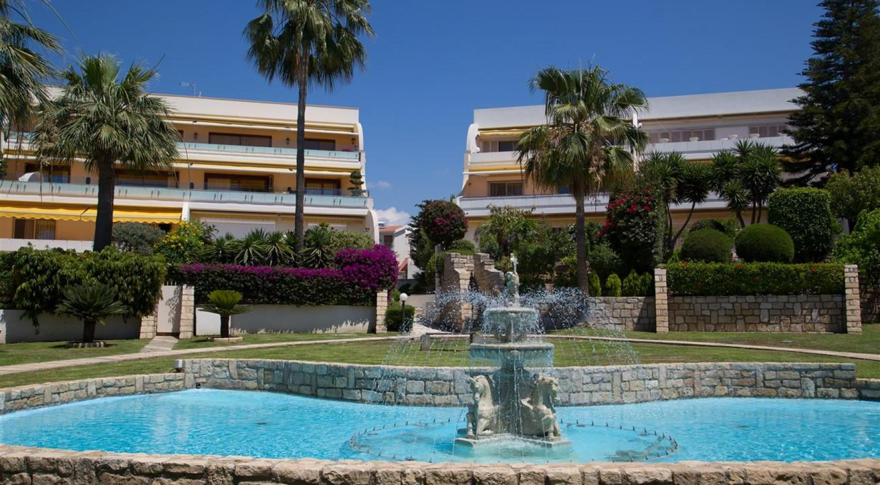 Luxury 3 Bedroom Apartment in Thera Complex by the Sea - 4