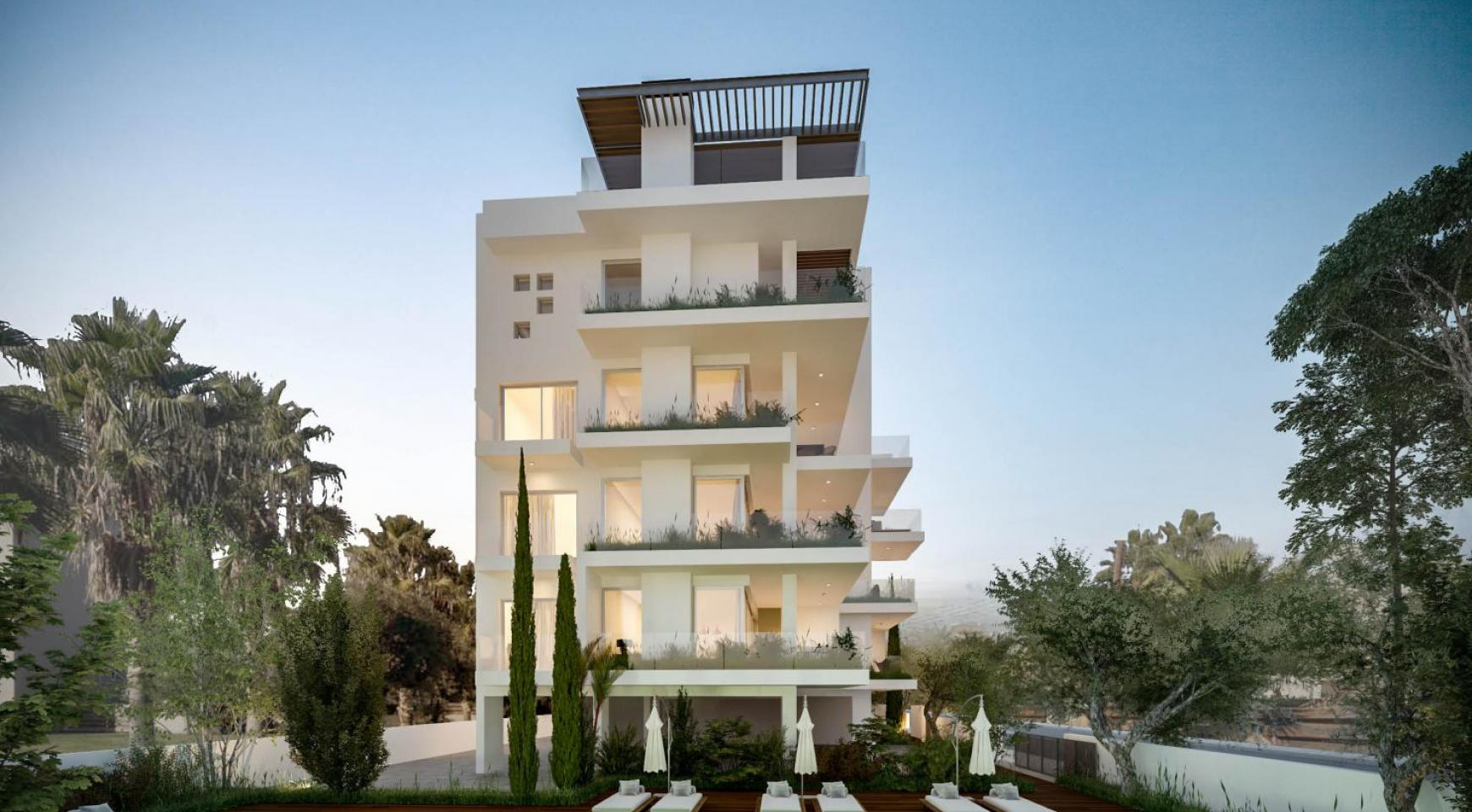 Modern One Bedroom Apartment in a New Complex - 16