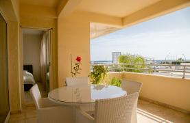 Spacious 3 Bedroom Apartment with Sea Views - 22