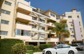 Spacious 3 Bedroom Apartment with Sea Views - 35