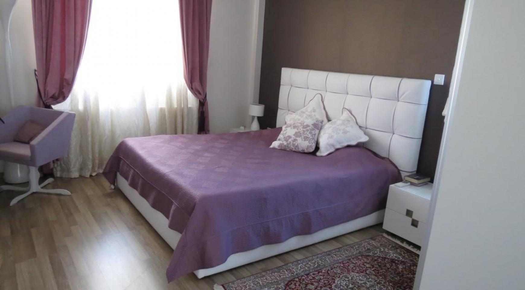 Spacious 4 Bedroom House in Moutagiaka Area - 6
